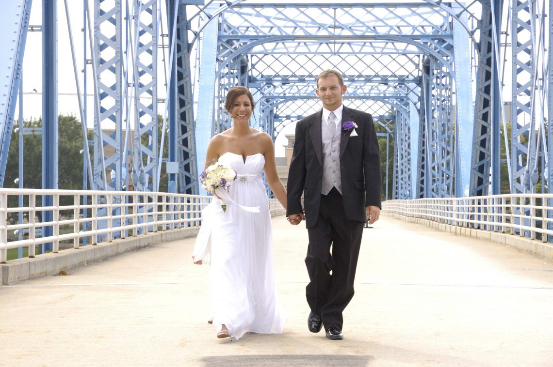 Wedding T&R on a bridge