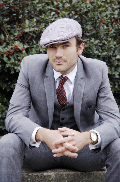 Actor Portrait Thibault in a Suit
