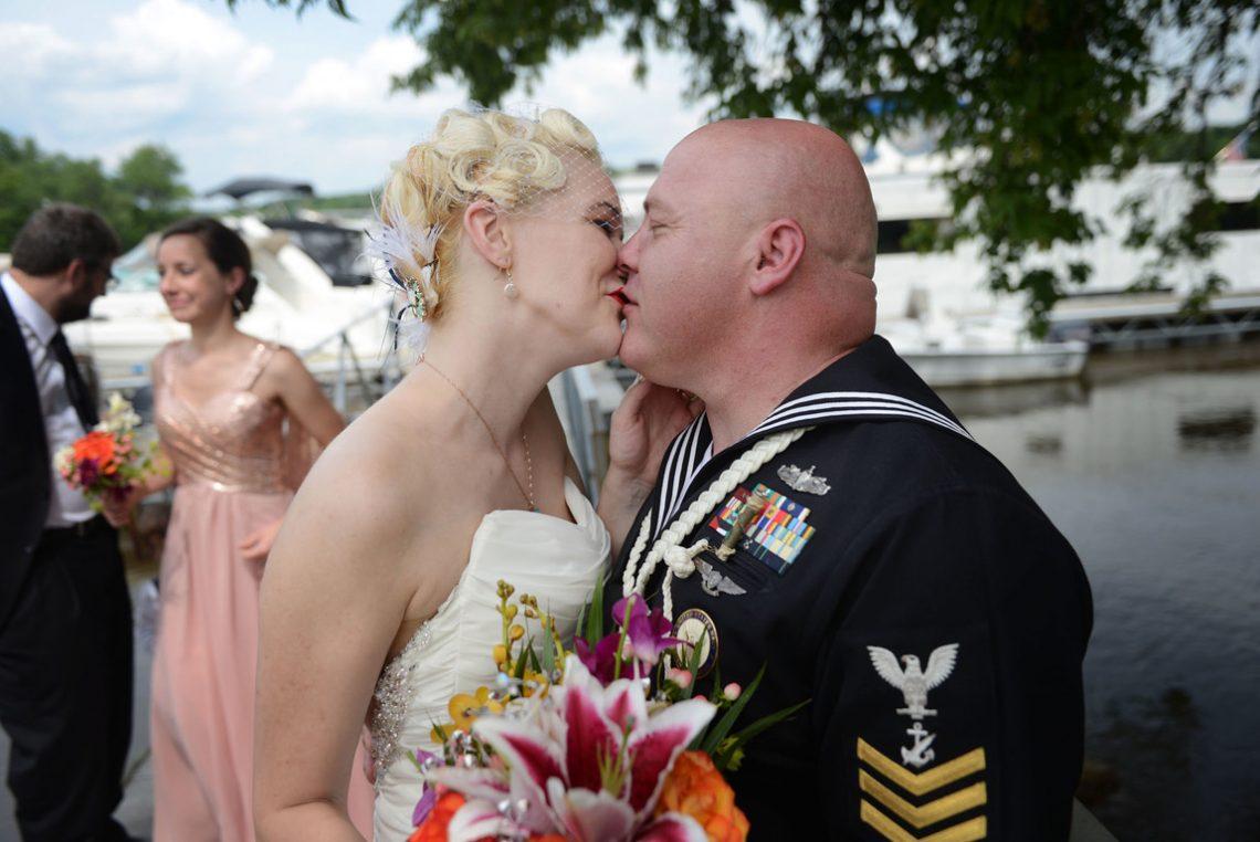Weddings S&J more kissing