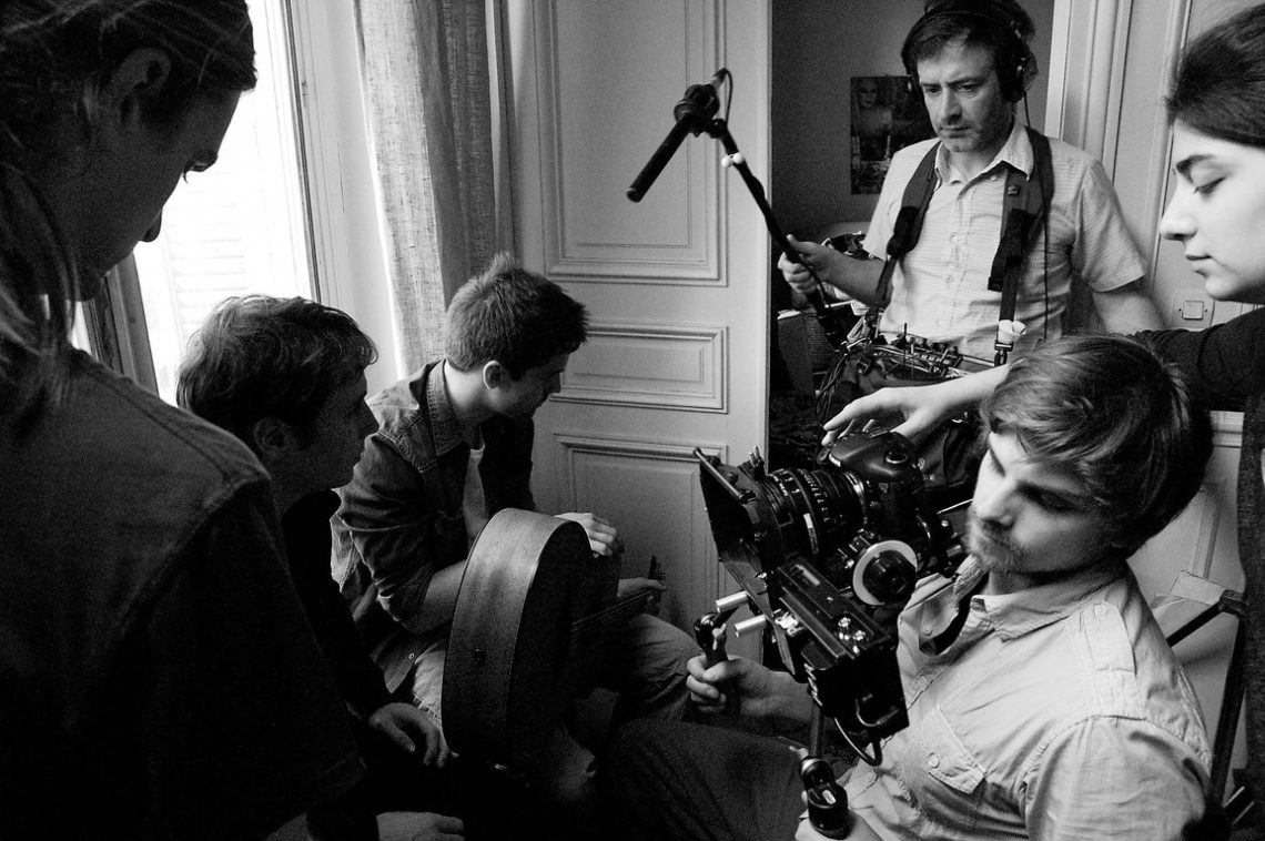 L'Américain Day 3-Filming guitar scene