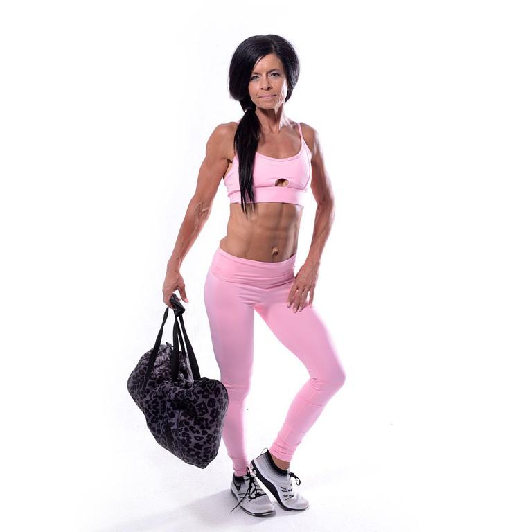 Lifestyle Lori pink gym