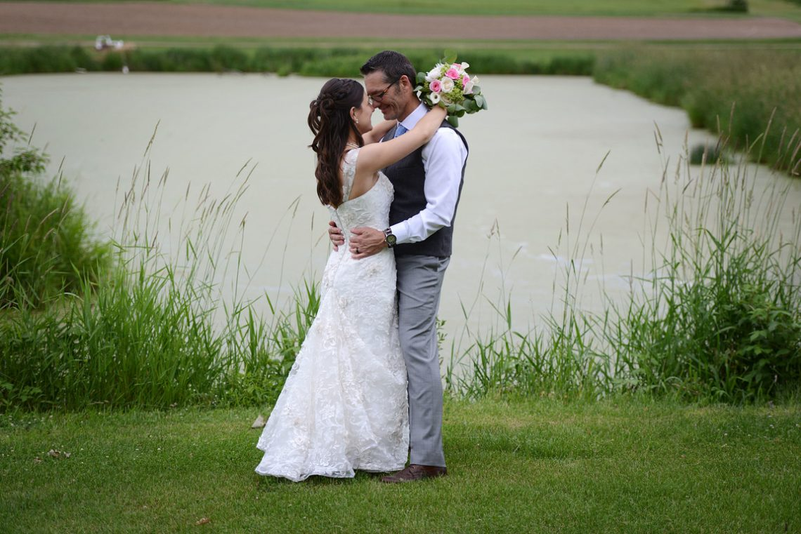 Weddings S&T by pond