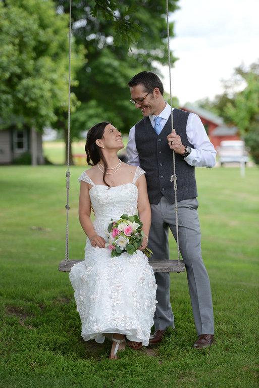 Weddings S&T swinging