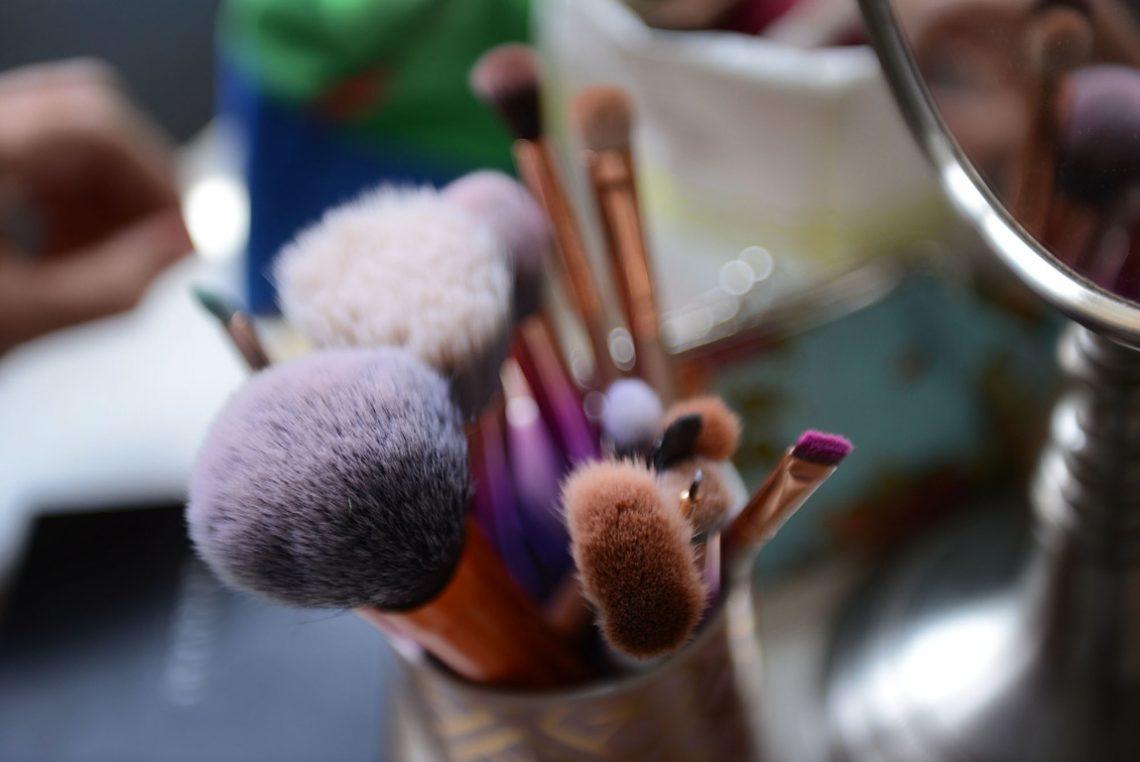 Wedding prep makeup brushes