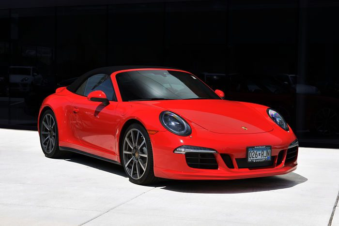 red-porsche-carrera